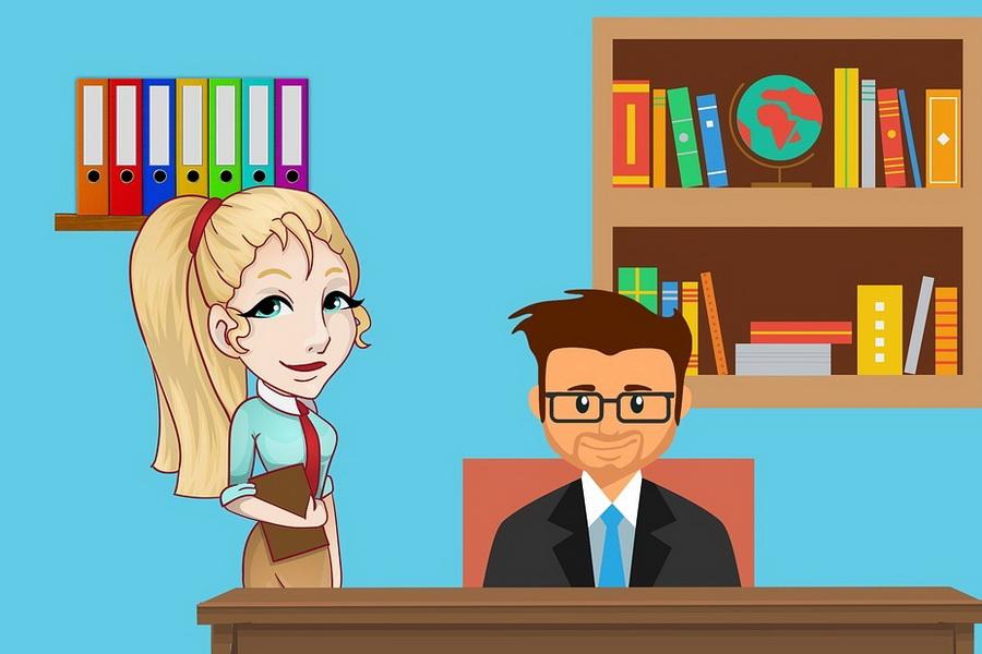 Как понять, что нравишься начальнику, и что делать, если он пристает