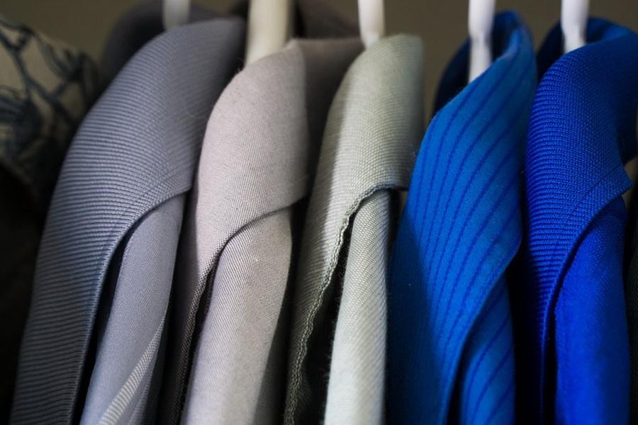 Как открыть стоковый магазин брендовой одежды с нуля в маленьком городе