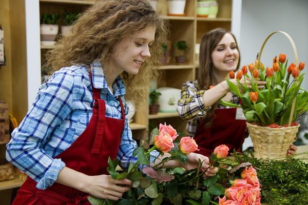 флорист - одна из подходящих для женщин_весов профессий